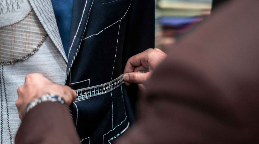 ready to wear off-the-rack suits