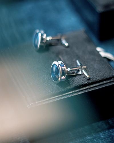 A pair of cufflinks