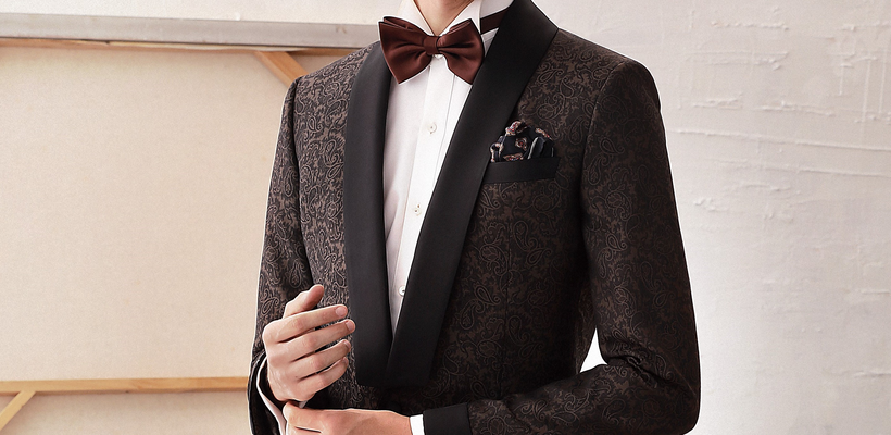 Differences between a tuxedo and a suit